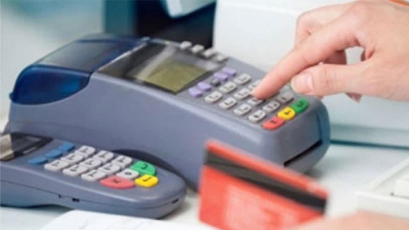 """""""Multibanco só acima de 5 euros""""… é legal?"""