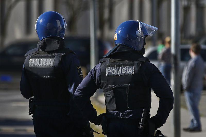 """PSP confiante em """"policiamento de sucesso"""" em Benfica-FC Porto de risco elevado"""