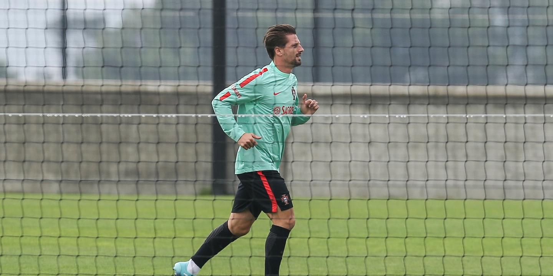 Adrien foi autorizado pelo Leicester a regressar a Portugal