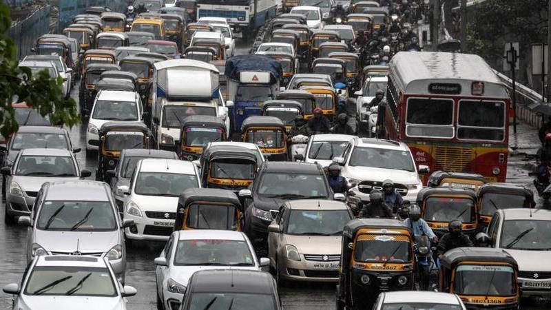 Semáforos ficam vermelho quando os condutores buzinam