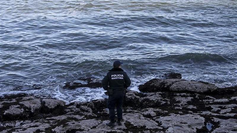 Surfista que esteve dez dias desaparecido presta depoimento à polícia