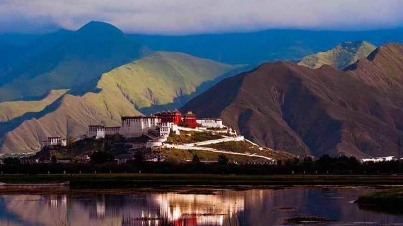 A Estrada dos Cavalos e do Chá, que já foi a principal ligação entre a China e o Tibete