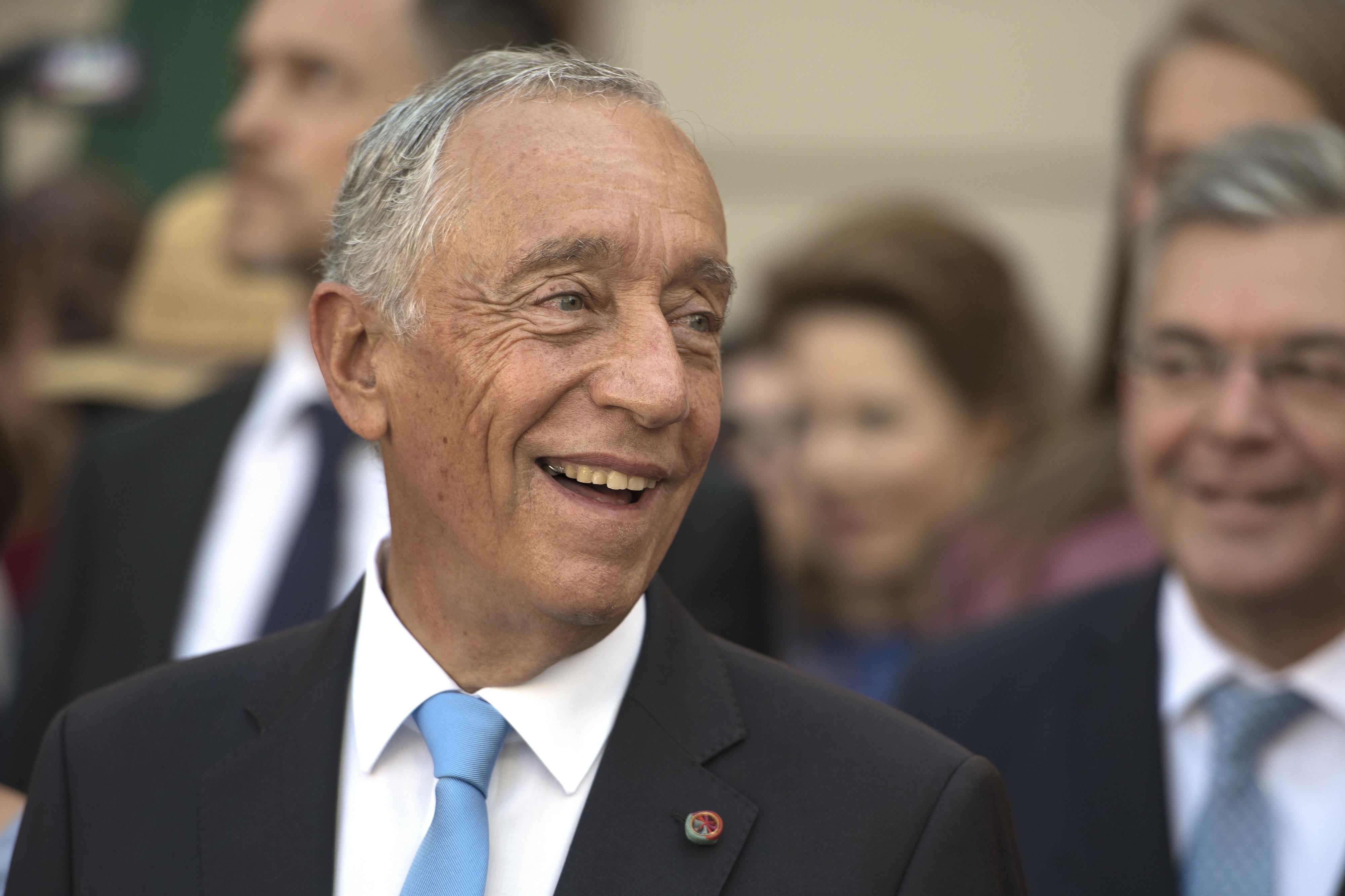 Presidente da República felicita homólogo grego por saída de resgate financeiro