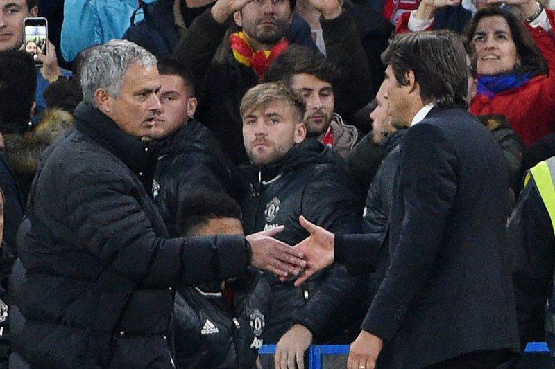 Conte reitera que não desrespeitou Mourinho durante goleada