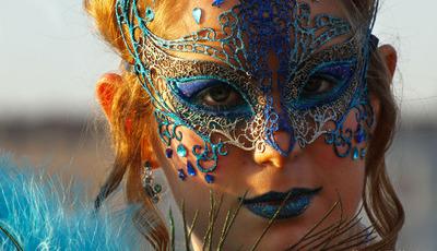Sedução e elegância no Carnaval de Veneza