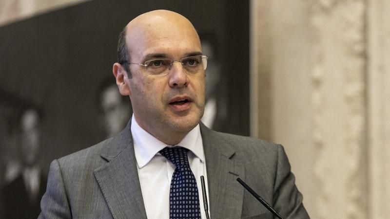 """Governo defende que não vai haver """"um aligeiramento das exigências"""" nas PPP"""