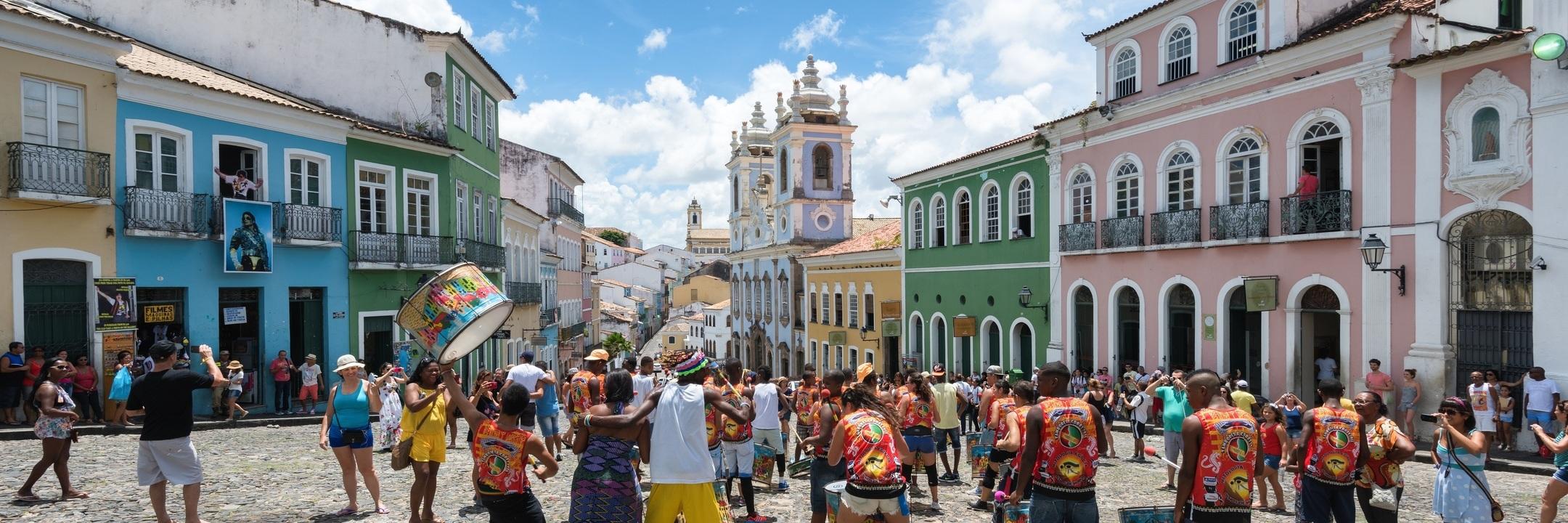 Salvador, a primeira capital do Brasil chama por si!