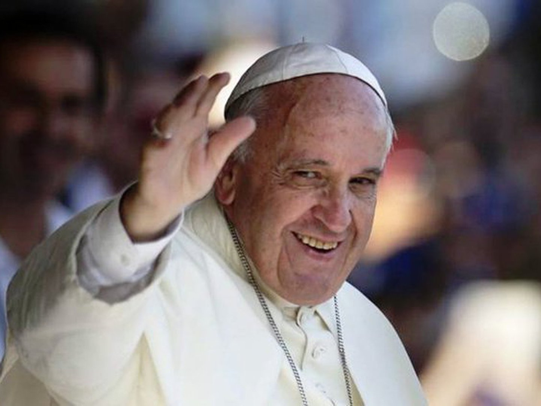 """""""Quanto mais poderoso és, mais responsabilidade tens para agir humildemente"""". A mensagem do Papa Francisco numa TEDTalk"""
