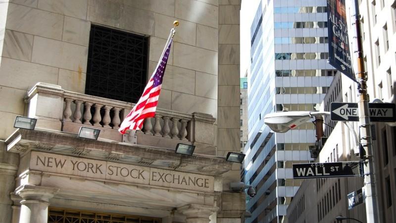 Wall Street: S&P 500 bate novo recorde