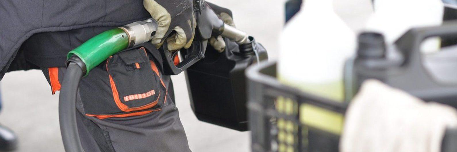 Um em cada quatro litros de gasóleo vindo de Espanha não é declarado, diz a Apetro