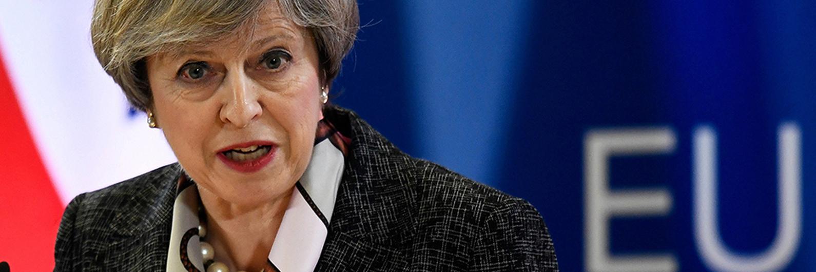 Reino Unido pondera extensão das negociações e um 'soft' Brexit