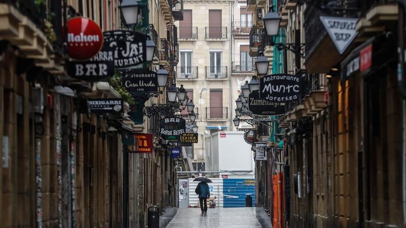 Espanha: Em três semanas de estado de emergência foram detidas 2.850 pessoas