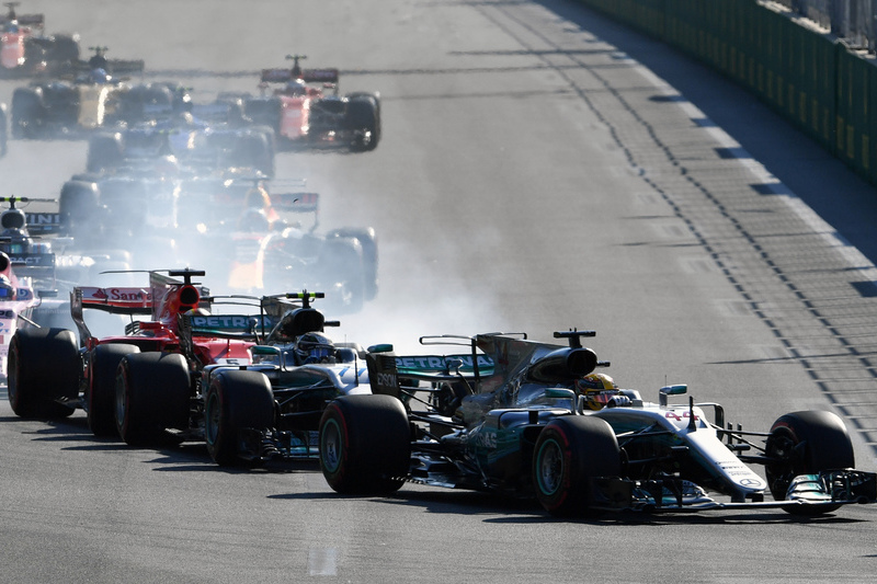 GP do Azerbaijão interrompido para limpeza do circuito
