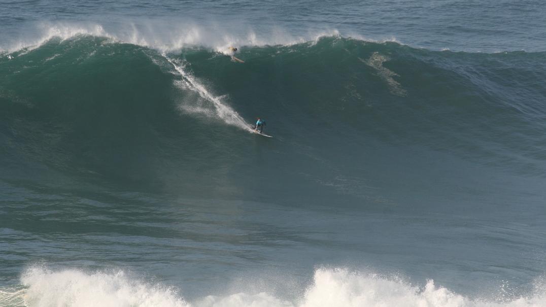 Vídeo mostra de forma espetacular as ondas gigantes da Nazaré