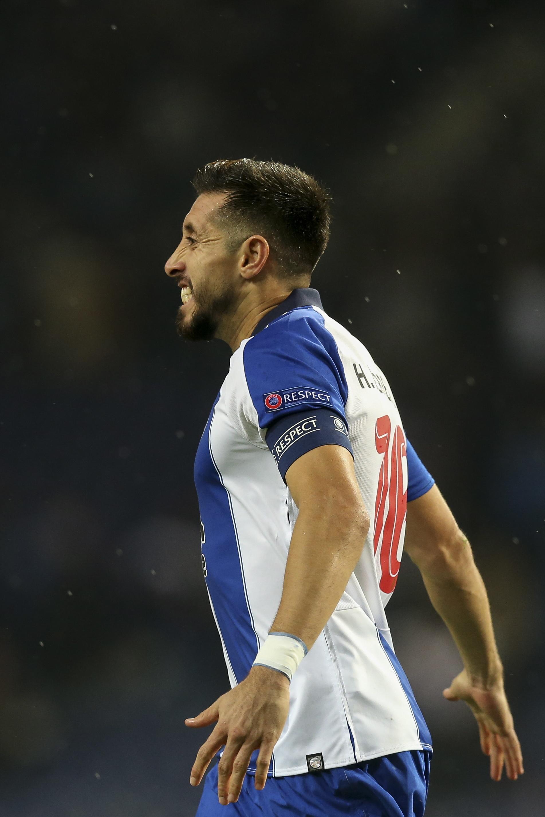 Vídeo: Herrera abriu a contagem no FC Porto-V. Setúbal