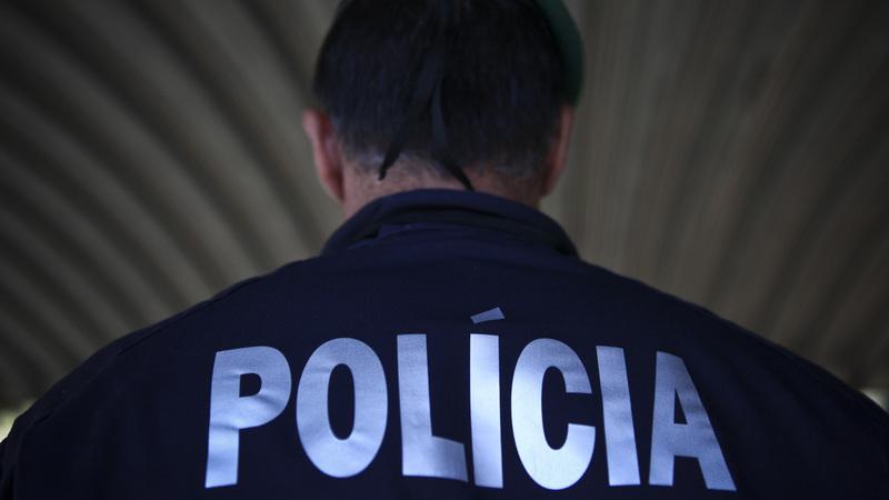 PSP recusa ter manipulado ou ocultado qualquer informação relativa a material pirotécnico apreendido em jogo entre Benfica e Porto em 2015
