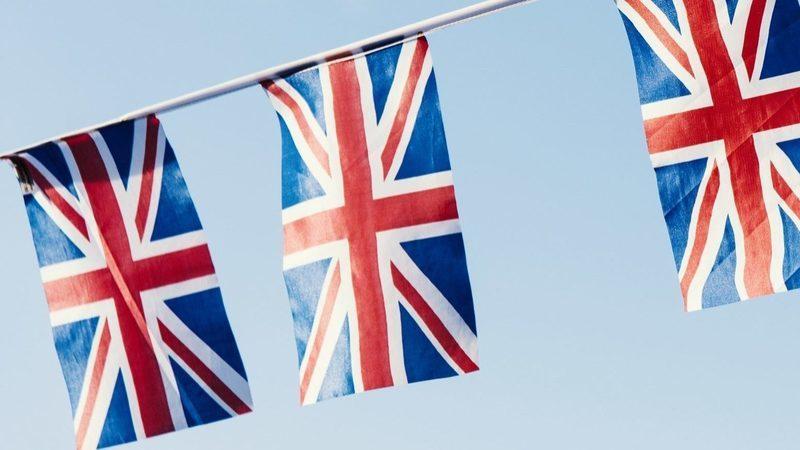 Fugir do Reino Unido com Brexit? Empresas fazem marcha-atrás