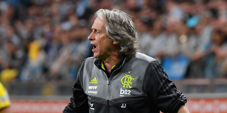 Flamengo de Jorge Jesus vence 'Fla-Flu' e mantém mira no título