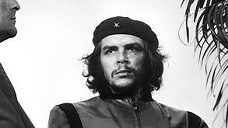 A viúva de Che Guevara recebe no Brasil uma pensão pela morte do marido?