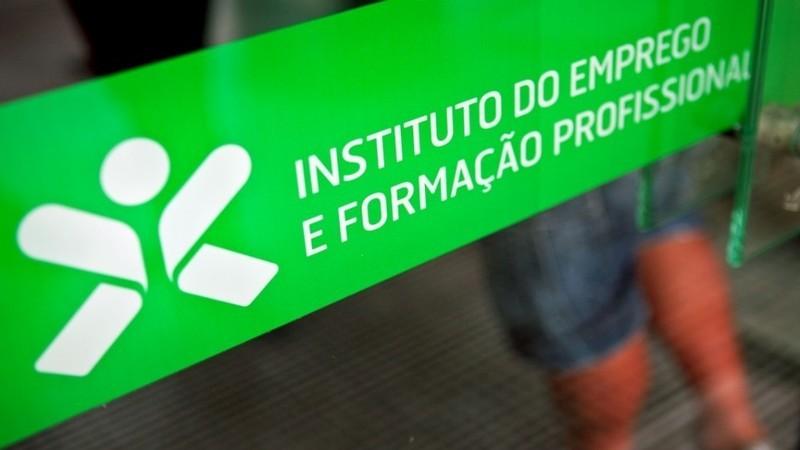 Desemprego aumenta 1,5% em dezembro, diz IEFP