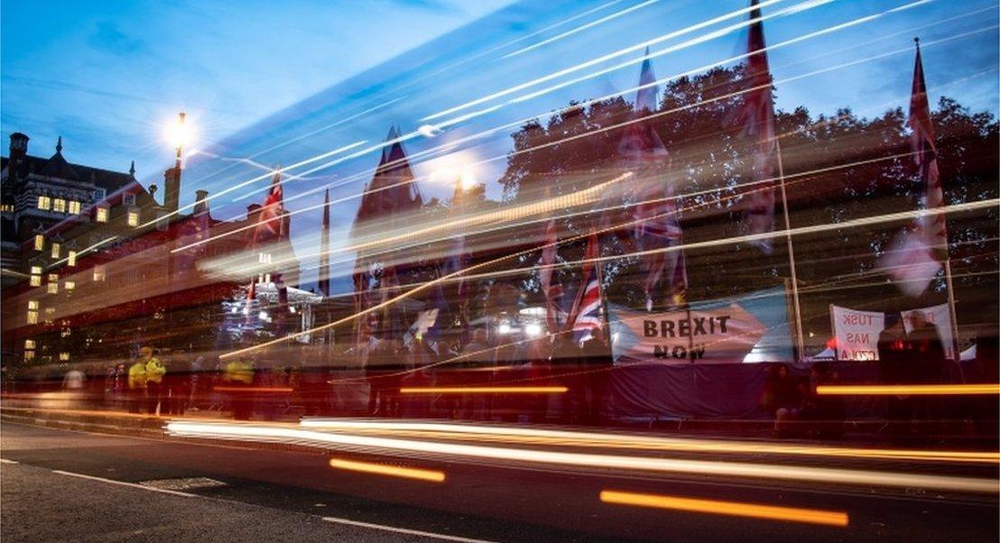 Brexit em 2020 ou mais incerteza? O que pode sair das eleições no Reino Unido