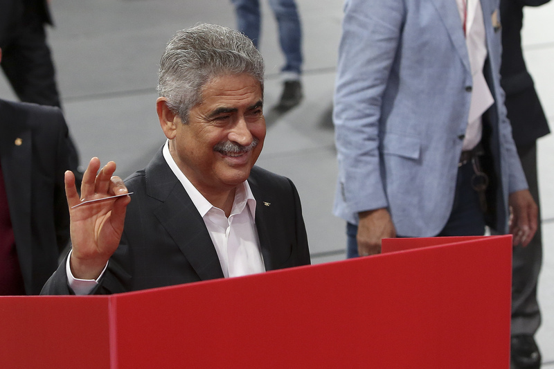 """Vieira: """"Adeptos são alma e o coração do Benfica"""""""