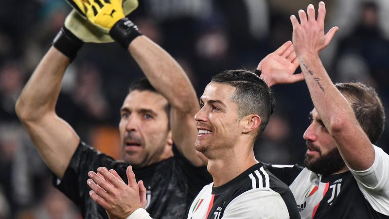 COVID-19: Cristiano Ronaldo e Jorge Mendes doam cinco ventiladores à Madeira