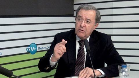 """Parlamento mostrou """"precipitação legislativa"""", acusa Braga da Cruz"""