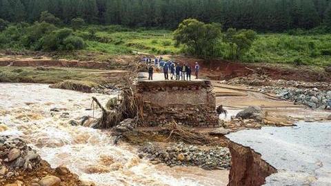 O rasto de destruição que o ciclone deixou em Moçambique. Veja a fotogaleria