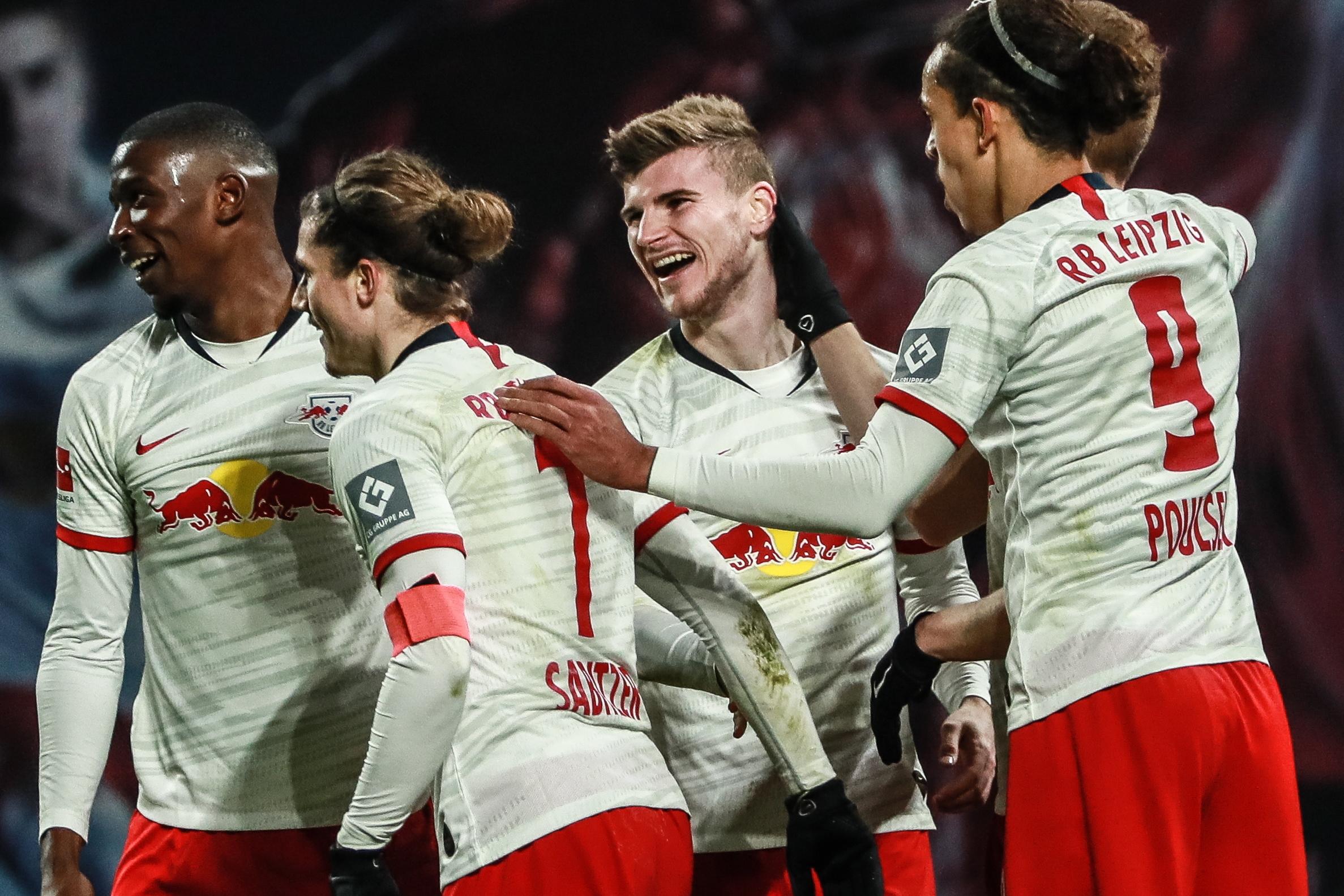 Leipzig vence União Berlim e reforça liderança do campeonato alemão