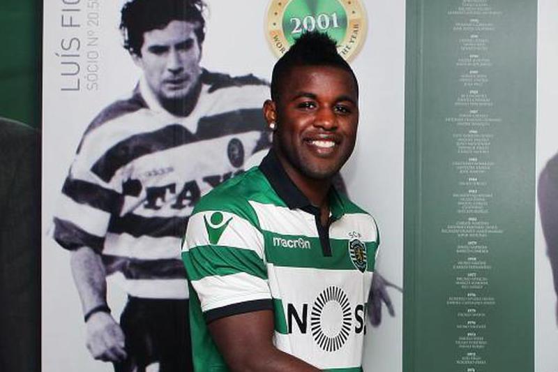 Campbell já está inscrito e 'espreita' jogo com o FC Porto