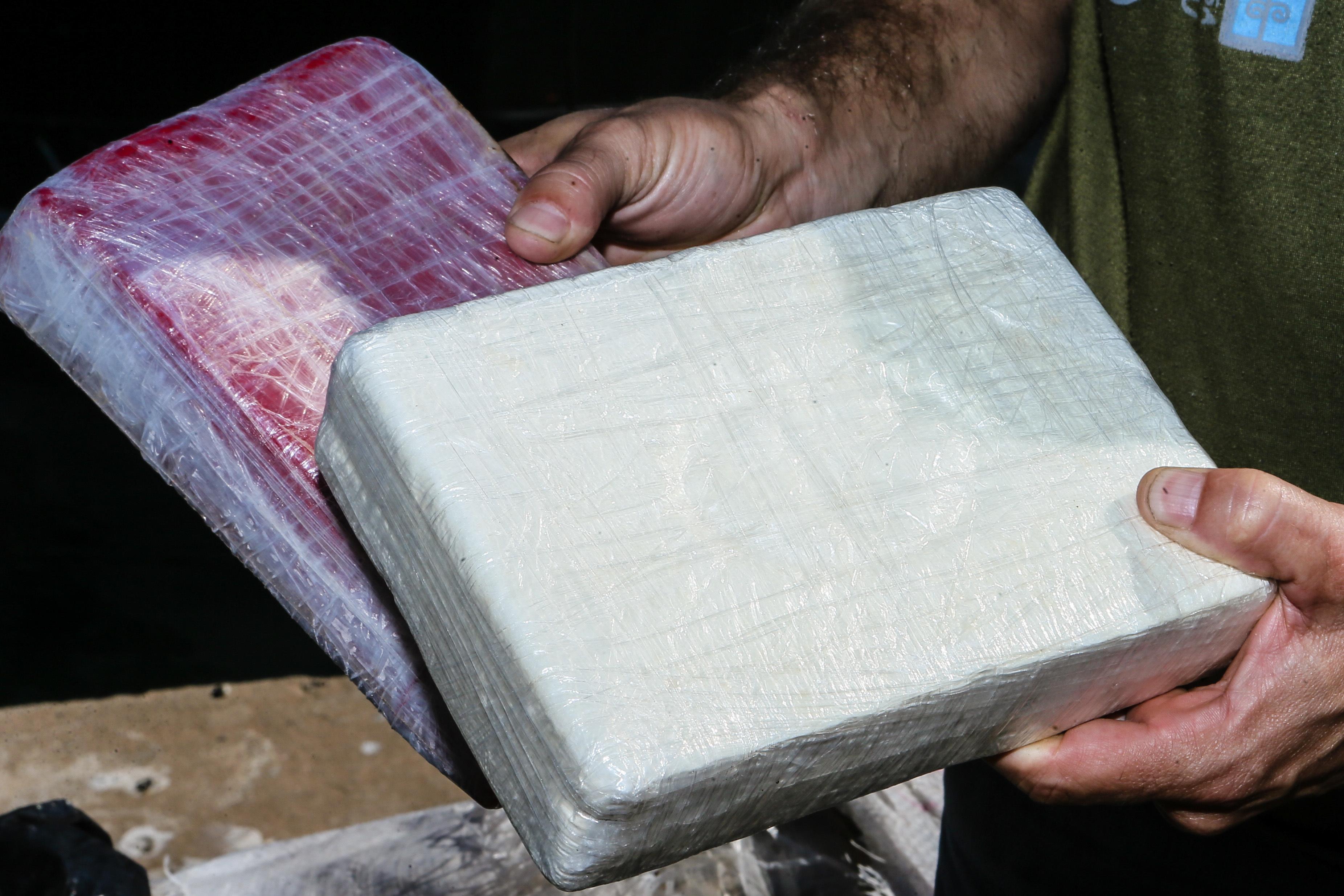 Apreendidas 8,7 toneladas de cocaína em Algeciras, a maior apreensão de sempre em Espanha