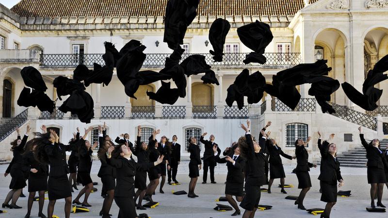 Governo quer vagas adicionais nas universidades para alunos de escolas internacionais