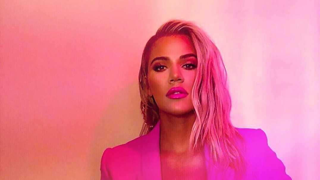 Khloé Kardashian tem uma forma caricata de armazenar bolachas