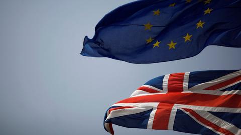 Ministra adjunta para o Brexit é a quarta demissão no governo de Theresa May