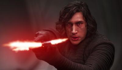 """""""Star Wars"""": Adam Driver avisa que Kylo Ren não seria bom namorado"""