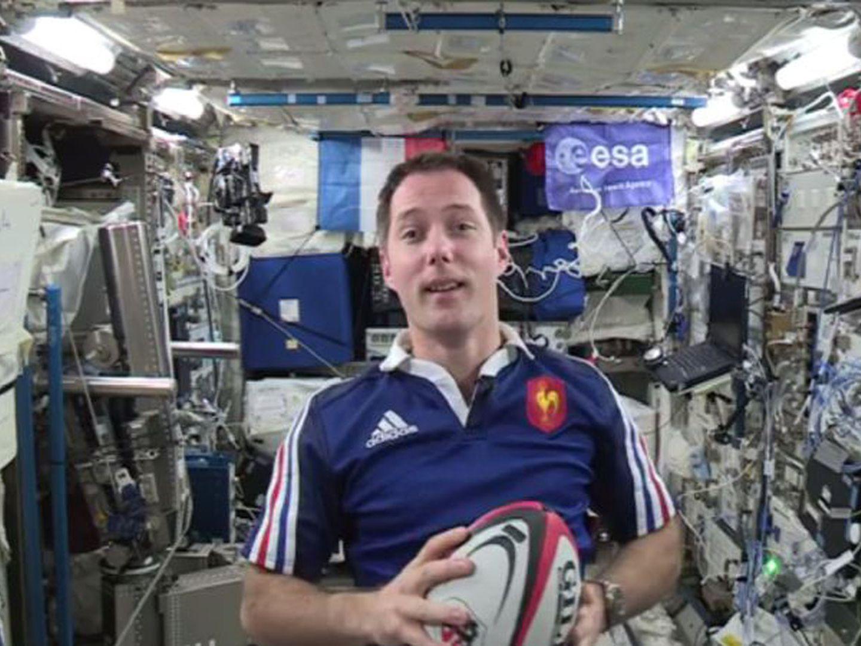 Pode o 25 de Abril ser celebrado a partir do Espaço? Thomas Pesquet não se esqueceu da data