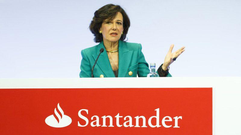 """Ana Botín: """"Não estamos compradores"""" de bancos em Portugal"""