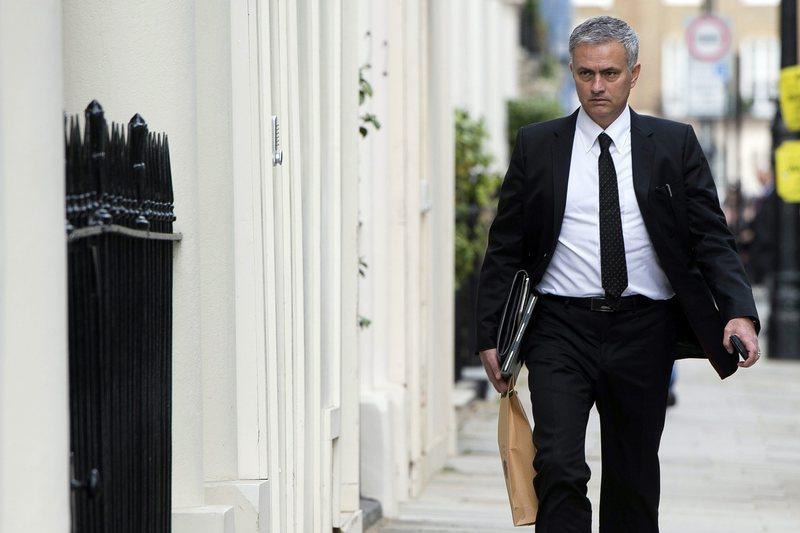 Mourinho pode ficar em Old Trafford até 2020