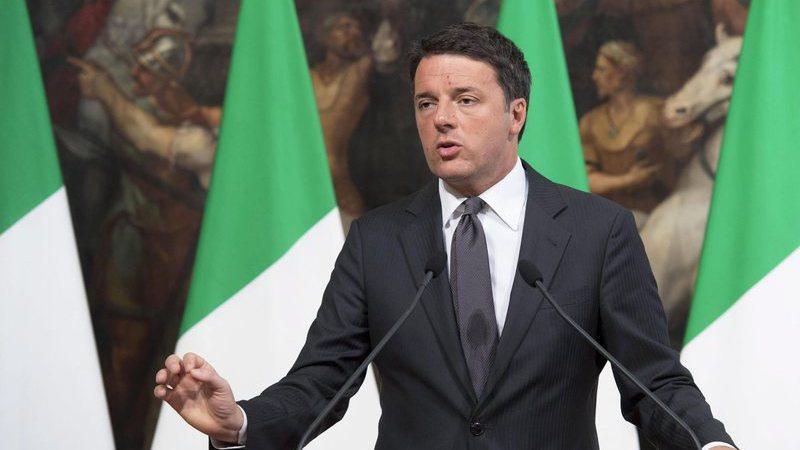 """Projeções dão vitória ao """"Não"""" no referendo italiano"""