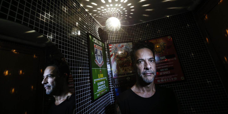 """DJ Vibe celebra 35 anos de carreira a jogar discos. """"Na altura a música era mais musicalizada, havia canções e isso acabou um bocado"""""""