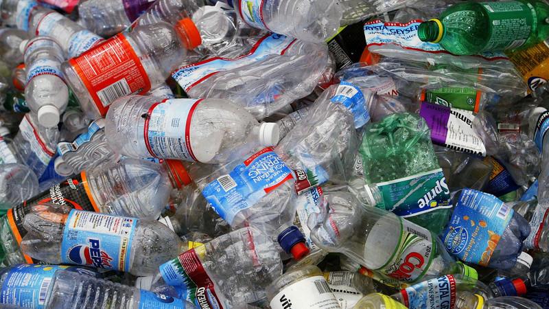 A China limitou a importação de lixo e os EUA passaram a queimar materiais recicláveis