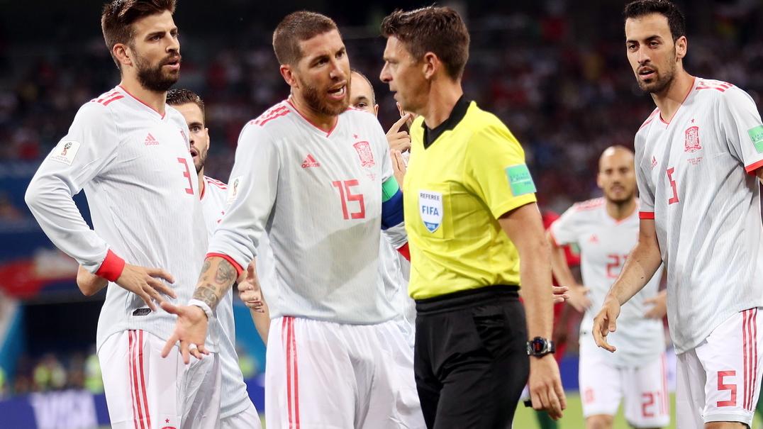 Sérgio Ramos diz a De Gea como Ronaldo ia bater o penalti, mas CR7 não falhou