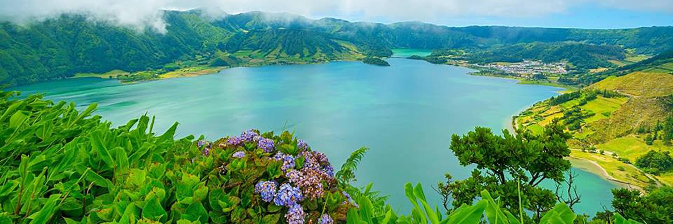 Ponta Delgada: um cenário mágico aqui tão perto