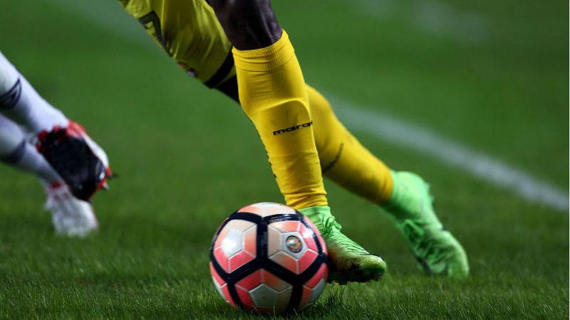 Quatro futebolistas sub-21 valem 120 milhões cada. Haverá bolha financeira no futebol?