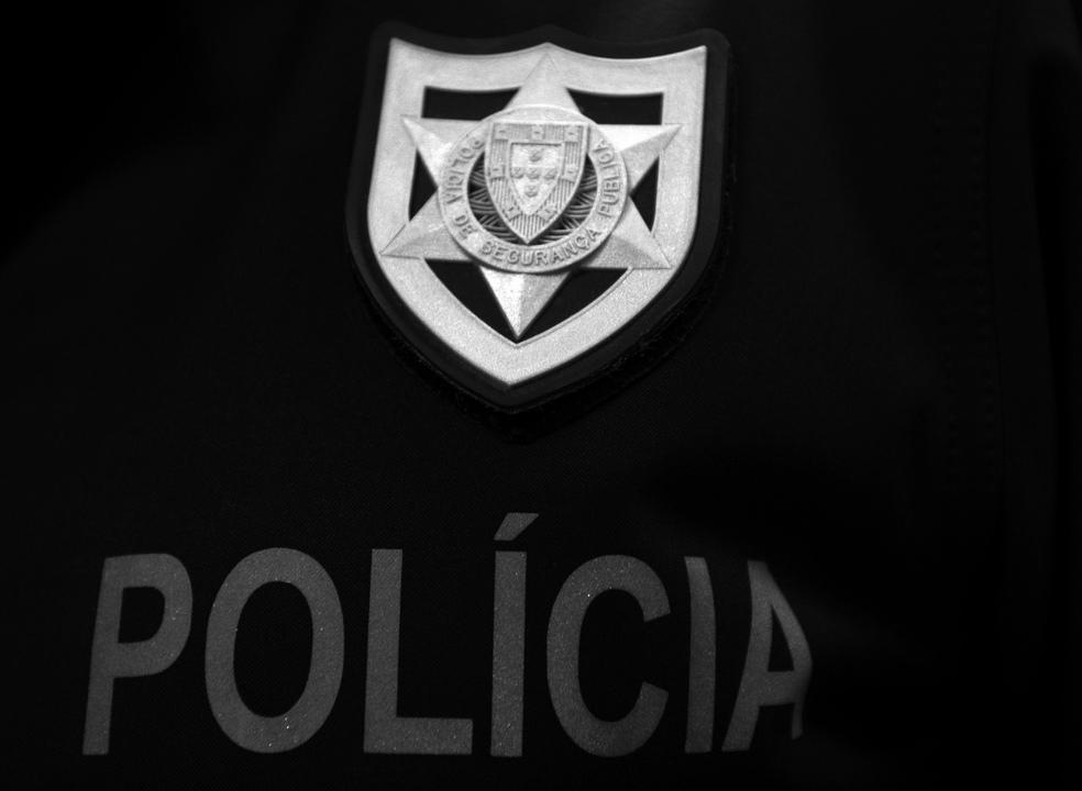 Seis pessoas feridas em rixa entre grupos rivais num restaurante do Prior Velho, Loures