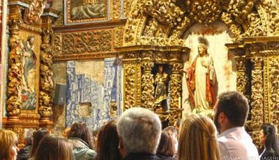 Esta é provavelmente a igreja mais bonita de Portugal
