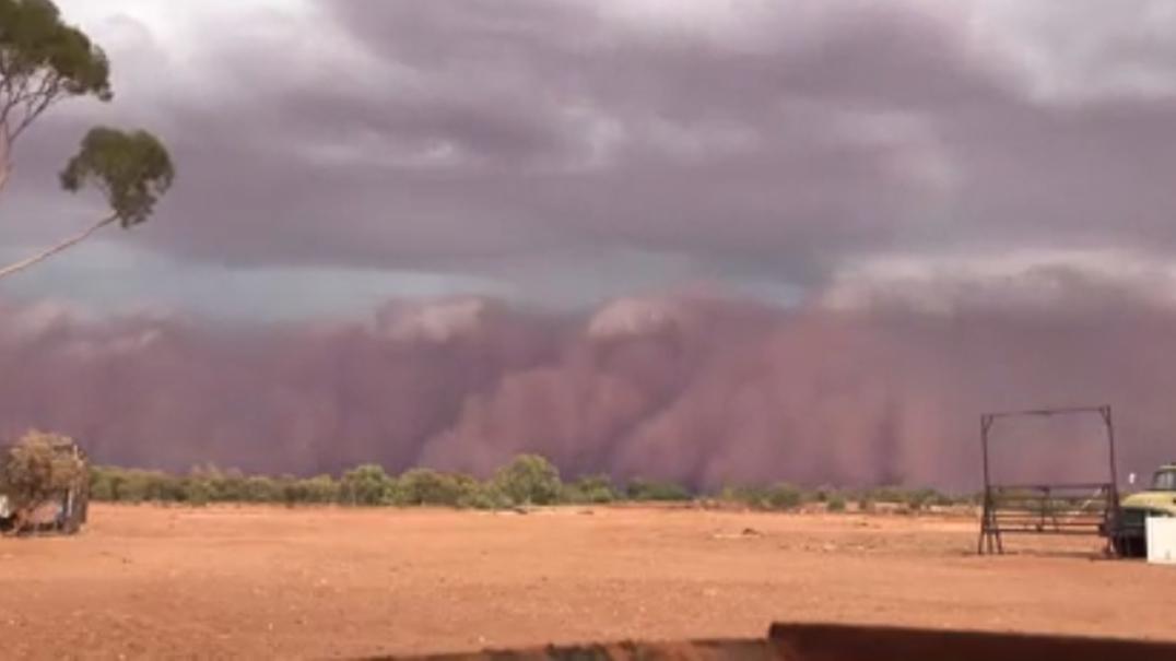 As imagens impressionantes da violenta tempestade de areia na Austrália