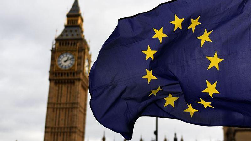 Brexit sofre revés. Lordes britânicos defendem direitos dos cidadãos europeus