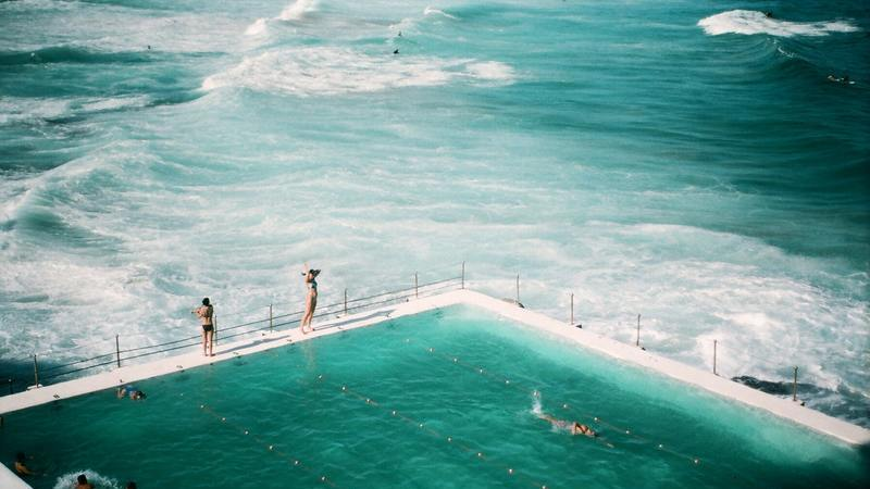 Esta piscina é a mais fotografada do mundo. Consegue adivinhar onde fica?